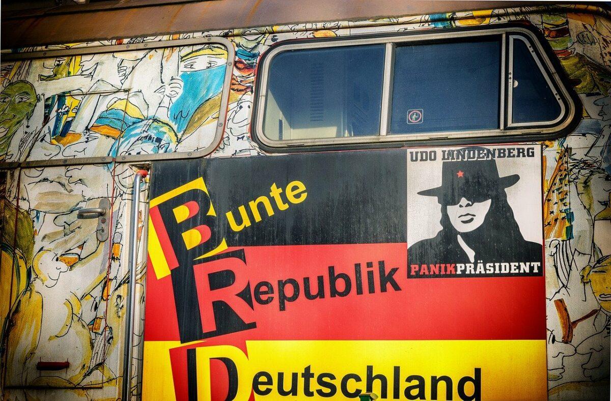 Die DDR bei Thomas Brussig